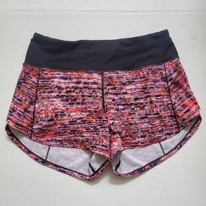 Lululemon Athletica Speed Up Short size 4 Tall. Good preowned condition.Four w